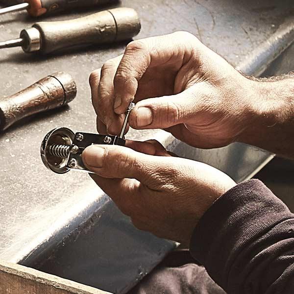 El Casco · Servicio de reparación